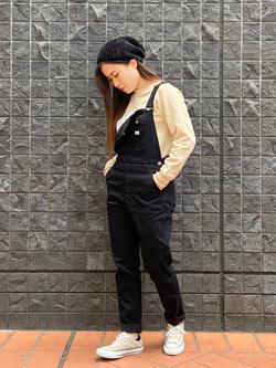 大阪店のRunaさんのLeeの【すっきり着こなす】オーバーオール ストレッチスリムを使ったコーディネート