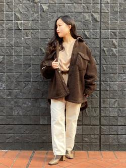 大阪店のRunaさんのLeeのSTANDARD WARDROBE レギュラーストレート(コーデュロイ)を使ったコーディネート
