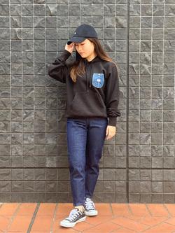 大阪店のRunaさんのLeeの【感謝祭15%OFFクーポン対象】【男女兼用】デニムポケット パーカーを使ったコーディネート