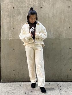 大阪店のRunaさんのLeeの【感謝祭15%OFFクーポン対象】STANDARD WARDROBE レギュラーストレート(コーデュロイ)を使ったコーディネート