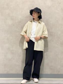 Lee 名古屋店のyuzukiさんのLeeの【XSからXXLまでを1サイズでカバーする】FLeeasy イージーパンツを使ったコーディネート
