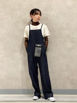 Lee 名古屋店のyuzukiさんのLeeの【直営店/WEB限定カラー】リラックスサロペットを使ったコーディネート