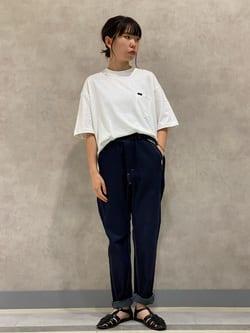 Lee 名古屋店のyuzukiさんのLeeの【ディズニーコレクション】バックプリントTシャツ COWBOYを使ったコーディネート