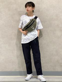 Lee 名古屋店のyuzukiさんのLeeの【Lee×GRAMICCI(グラミチ)】ボディバッグを使ったコーディネート