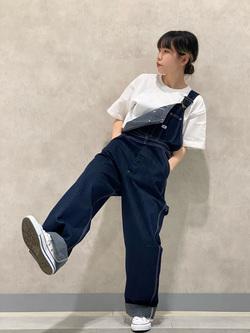 Lee 名古屋店のyuzukiさんのLeeの【年間ベストセラー】オーバーオールを使ったコーディネート
