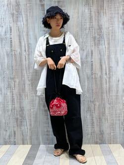 Lee 名古屋店のyuzukiさんのLeeの【SALE】バンダナ柄 巾着バッグを使ったコーディネート