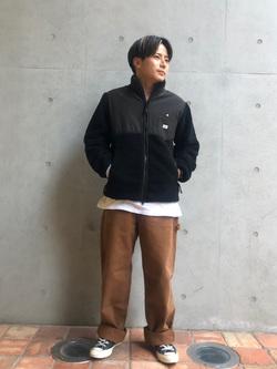Lee アミュプラザ博多店のTaikiさんのLeeの【Pre sale】【ユニセックス】フリースジップアップジャケットを使ったコーディネート