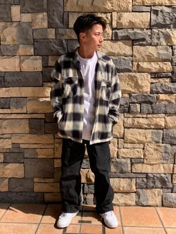 Lee アミュプラザ博多店のTaikiさんのLeeの【さらっと羽織れる】シャツジャケットを使ったコーディネート
