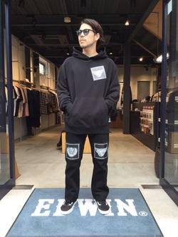 TOKYO HARAJUKU店のSHIZUKUさんのEDWINの【SALE】【EDWIN x KIDILL x Jamie Reid】 Youth Print Hoodyを使ったコーディネート