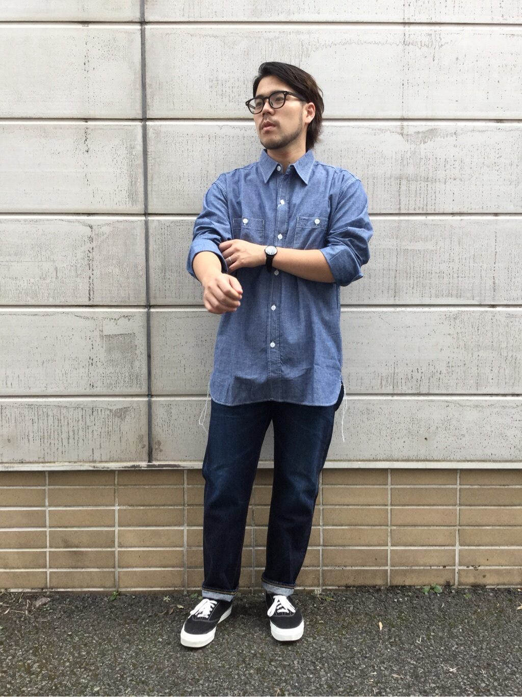 TOKYO HARAJUKU店のSHIZUKUさんのEDWINの【コンセプトショップ限定】REGULER TAPERED ボタンフライ 【レングス71cm】を使ったコーディネート