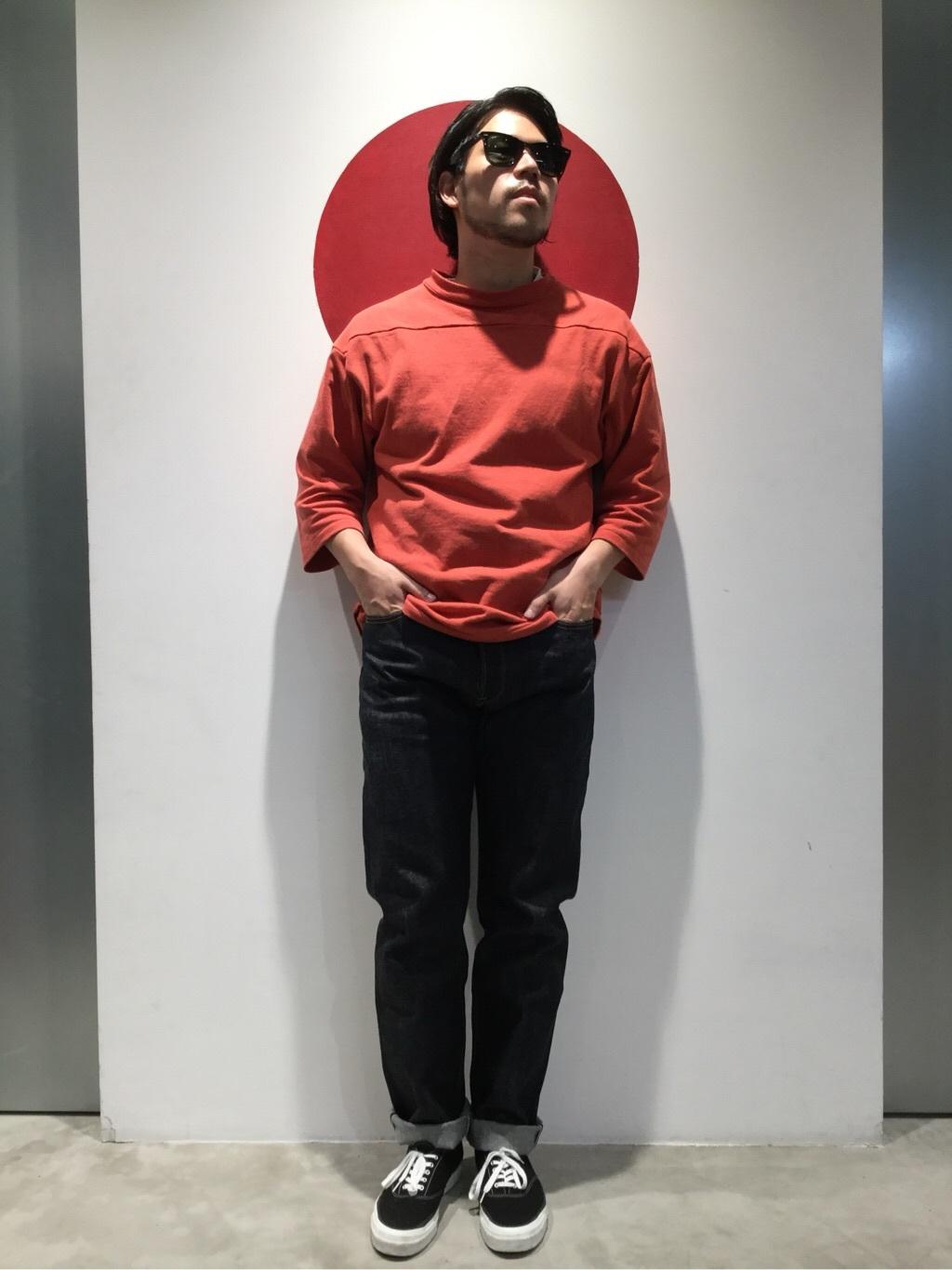 TOKYO HARAJUKU店のSHIZUKUさんのEDWINの【コンセプトショップ限定】REGULER TAPERED 【レングス82cm】を使ったコーディネート