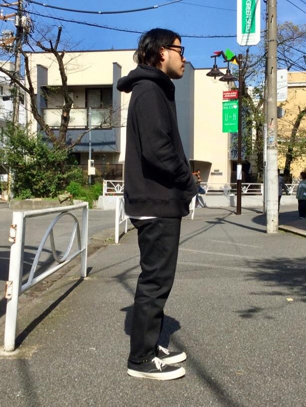 TOKYO HARAJUKU店のSHIZUKUさんのEDWINの【コンセプトショップ限定】HOODIEを使ったコーディネート