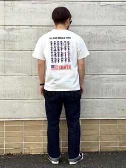 TOKYO HARAJUKU店のSHIZUKUさんのEDWINの【EDWIN 60周年限定】 クルーネック 半袖Tシャツ Bを使ったコーディネート