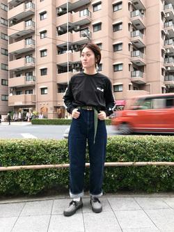日暮里駅前店のIkumiさんのSOMETHINGの【シークレットセーール!!】SOMETHING バルーン ワイドを使ったコーディネート