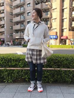 日暮里駅前店のIkumiさんのEDWINの終了Miss EDWIN ステッチ ボタン トートバッグを使ったコーディネート