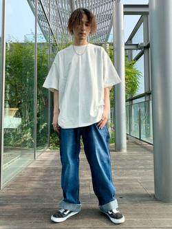 Lee アミュプラザ博多店のTakeshiさんのLeeの【ガレージセール】【男女兼用】着こなしで選ぶ ビッグフィット Tシャツ 大人 150cm-180cmを使ったコーディネート