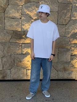LINKS UMEDA店のKo-jiさんのEDWINの【シークレットセーール!!】【直営店限定】【親子コーデができる】クルーネックポケットTシャツ 半袖 【110-180cm】を使ったコーディネート