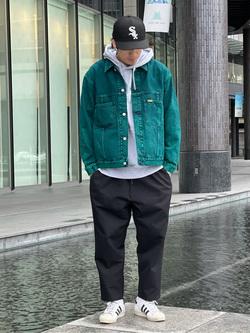 LINKS UMEDA店のKo-jiさんのEDWINの【通販限定】YELLOW TAB BOXフィット デニムジャケットを使ったコーディネート