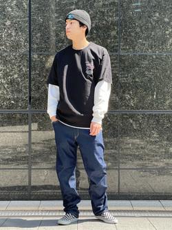 LINKS UMEDA店のKo-jiさんのEDWINのジャージーズ COOL レギュラーストレートパンツ(MOTION DENIM)を使ったコーディネート