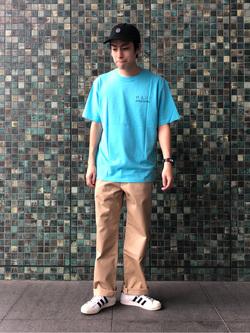 LINKS UMEDA店のKo-jiさんのEDWINの505 チノ ワイドストレートを使ったコーディネート