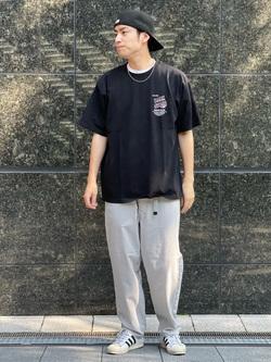 LINKS UMEDA店のKo-jiさんのEDWINの歩クール イージーパンツ レギュラーテーパードを使ったコーディネート