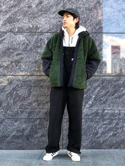 LINKS UMEDA店のKo-jiさんのEDWINの【再値下げ Winter sale】F.L.E ボア フリースジャケットを使ったコーディネート