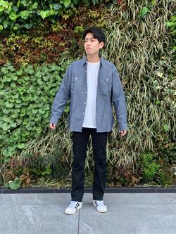 LINKS UMEDA店のKo-jiさんのEDWINの【直営店限定】ワークシャツ 長袖(シャンブレー)を使ったコーディネート