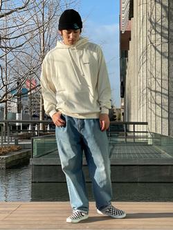 LINKS UMEDA店のKo-jiさんのEDWINの【ユニセックス】EDWIN ヴィンテージ ロゴ ビッグフィットフーディーを使ったコーディネート