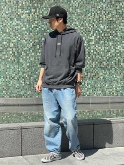 LINKS UMEDA店のKo-jiさんのEDWINの【SALE】【ユニセックス】EDWIN ヴィンテージ ビッグフィットフーディーを使ったコーディネート