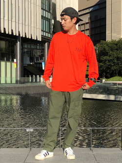 LINKS UMEDA店のKo-jiさんのEDWINの【再値下げ Winter sale】F.L.E 袖ロゴプリント ロングスリーブTシャツ Aを使ったコーディネート