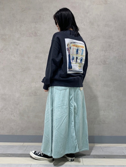 Lee 名古屋店の千さんのLeeの【ユニセックス】バックプリント クルーネツク長袖を使ったコーディネート