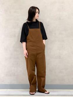 Lee 名古屋店の千さんのLeeの【直営店/WEB限定カラー】リラックスサロペットを使ったコーディネート