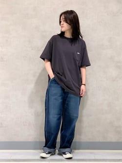 Lee 名古屋店の千さんのLeeのポケットLeeロゴ刺繍 半袖Tシャツを使ったコーディネート