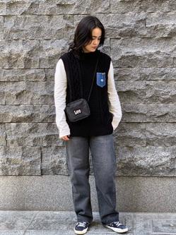 Lee 名古屋店の千さんのLeeのLeeロゴ/ショルダーバッグを使ったコーディネート