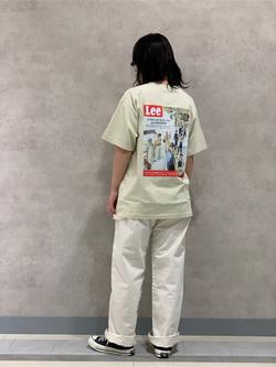 Lee 名古屋店の千さんのLeeのバックプリント 半袖Tシャツを使ったコーディネート
