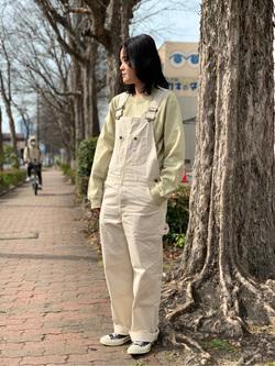 Lee 名古屋店の千さんのLeeのワンポイントロゴ刺繍ポケット付きTシャツ/長袖を使ったコーディネート