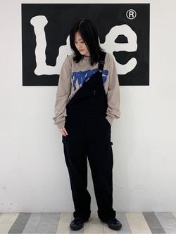 Lee 名古屋店の千さんのLeeの【ガレージセール】Pipes ルーズシルエット ロングTシャツ/プリントを使ったコーディネート