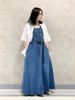 Lee 名古屋店の千さんのLeeの【Lee×GRAMICCI(グラミチ)】オーバーオール スカートを使ったコーディネート