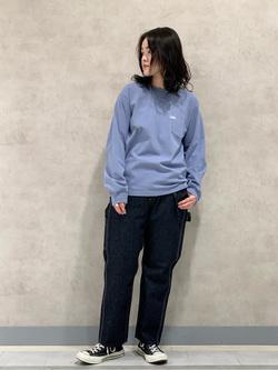 Lee 名古屋店の千さんのLeeの終了ワンポイントロゴ刺繍ポケット付きTシャツ/長袖を使ったコーディネート