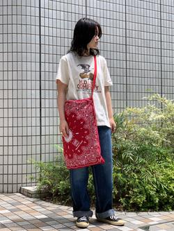 Lee 名古屋店の千さんのLeeの【SALE】バンダナ柄トートバッグ/エコバッグを使ったコーディネート