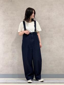 Lee 名古屋店の千さんのLeeのロゴモチーフプリント Tシャツを使ったコーディネート
