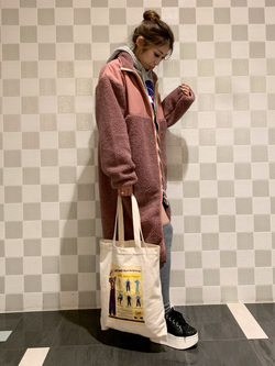 アミュプラザおおいた店のめいにゃんさんのLeeの【ユニセックス】【着回し力抜群】フリース コートを使ったコーディネート