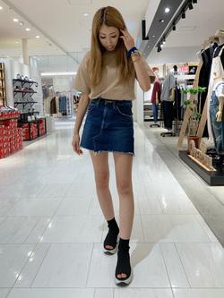 アミュプラザおおいた店のめいにゃんさんのLeeの【SPRING SALE】【男女兼用】キッズ着こなしで選ぶビッグフィット Tシャツ 子供 110cm-140cmを使ったコーディネート