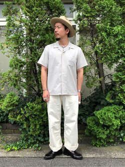 アミュプラザおおいた店のレイジローさんのLeeの終了【シークレットセーール!!】オープンカラーシャツ 半袖(POPLIN WASHER)を使ったコーディネート