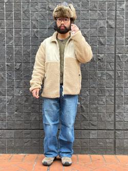 大阪店のUenoさんのLeeの【Winter sale】【ユニセックス】フリースジップアップジャケットを使ったコーディネート