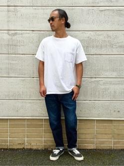 TOKYO HARAJUKU店のKEITAROさんのEDWINの【コンセプトショップ限定】REGULER TAPERED ボタンフライ 【レングス71cm】を使ったコーディネート
