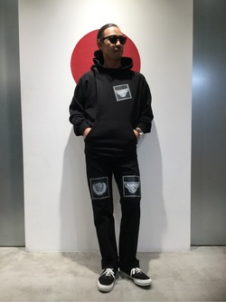 TOKYO HARAJUKU店のKEITAROさんのEDWINの【SALE】【EDWIN x KIDILL x Jamie Reid】 Youth Print Hoodyを使ったコーディネート