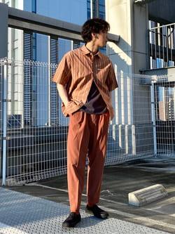 エスパル仙台店のすがきよさんのLeeの【再値下げSALE】ボックスフィット 半袖シャツを使ったコーディネート
