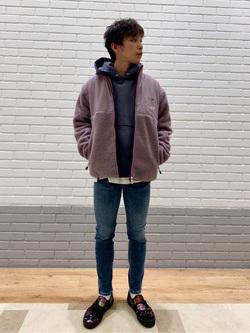 エスパル仙台店のすがきよさんのLeeの【Pre sale】【ユニセックス】フリースジップアップジャケットを使ったコーディネート