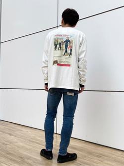 エスパル仙台店のすがきよさんのLeeの【Pre sale】【男女兼用】バックプリント長袖Tシャツを使ったコーディネート